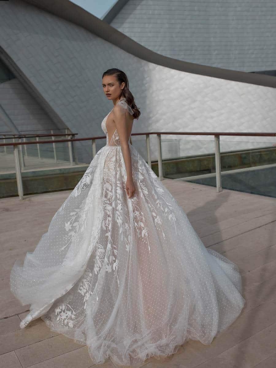 vollständig in den Spezifikationen Luxus neue hohe Qualität Noya Bridal Brautkleider - Premium Stores Berlin | Köln ...
