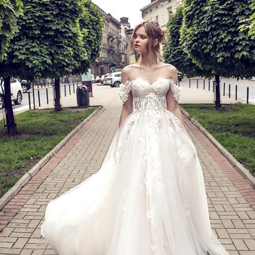 Hochzeitsrausch Berlin Koln Wiesbaden Die Nr 1 Fur Brautkleider