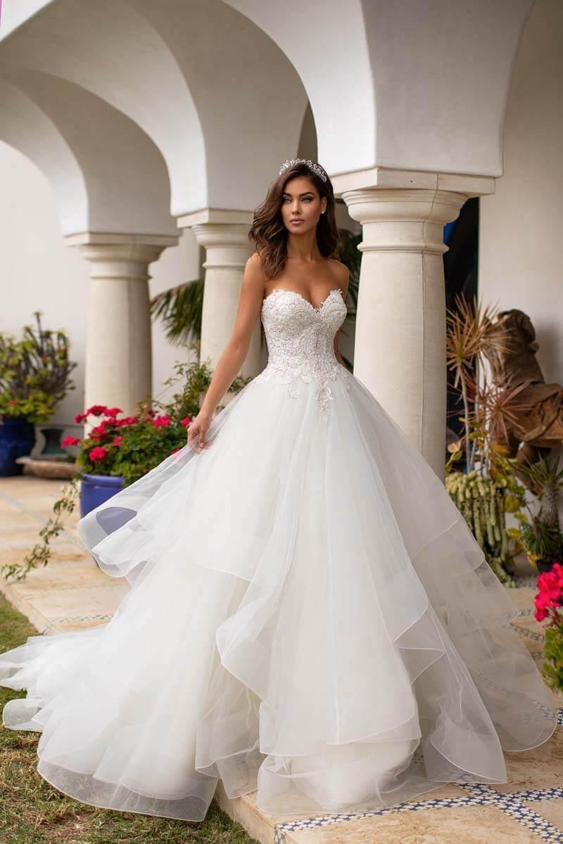 Moonlight Bridal Brautkleid H1393