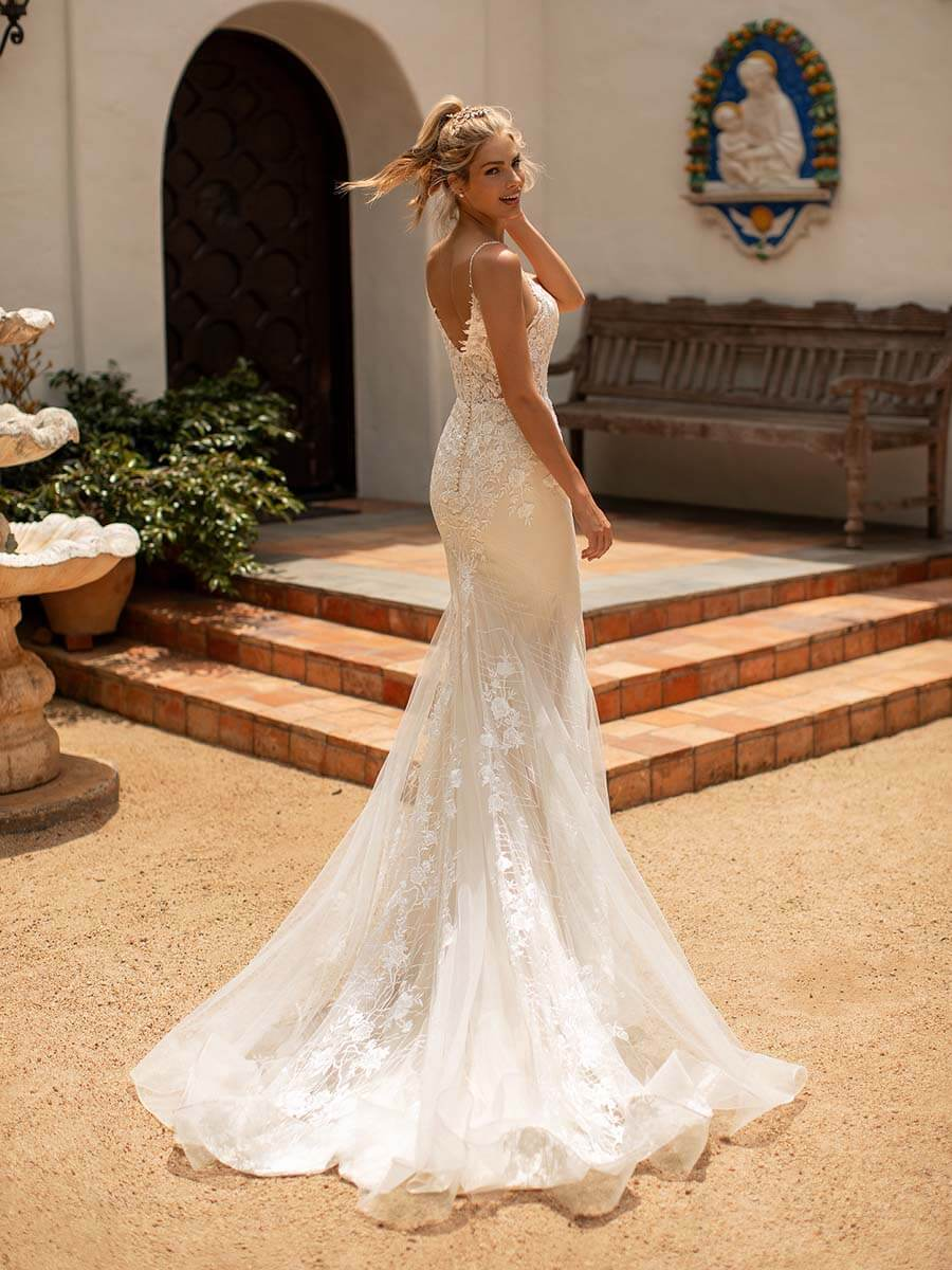 Moonlight Bridal Brautkleid J6780