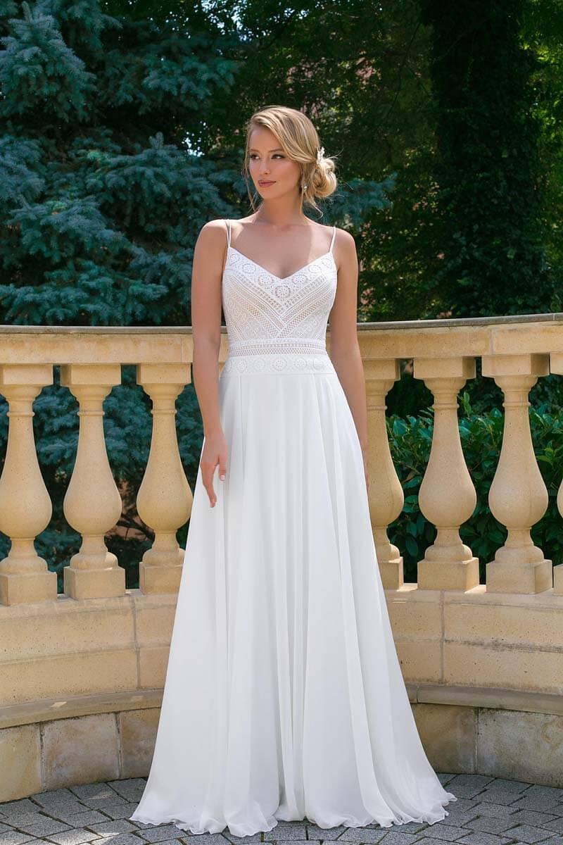 Günstige Brautkleider - hochzeitsrausch Brautmoden ❤️