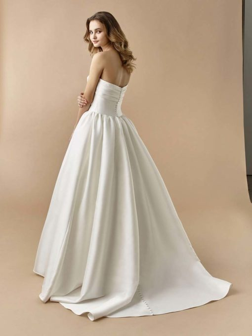 Beautiful by Enzoani Brautkleid 2020