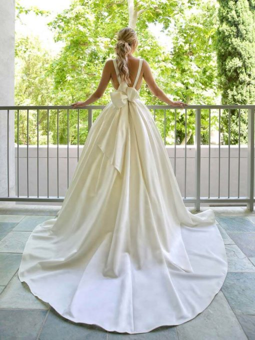 Beautiful by Enzoani Brautkleid 2020