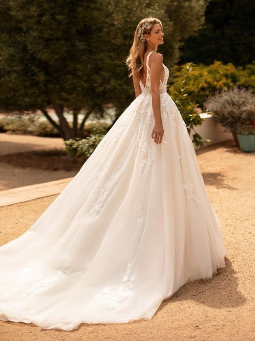 Moonlight Bridal J6778