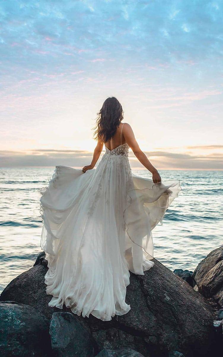 All Who Wander Brautkleid Muse