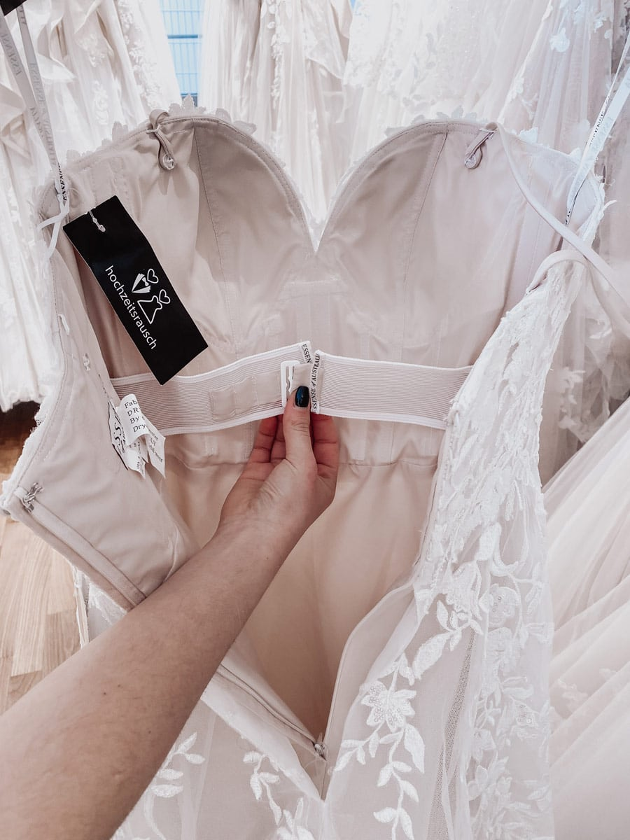 Traegerloses Brautkleid